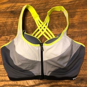 VS SPORT VSX incredible knockout sports bra